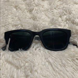 Brand new Barton Parriera sunglasses